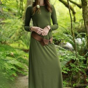 Shabby Apple black long sleeve maxi dress